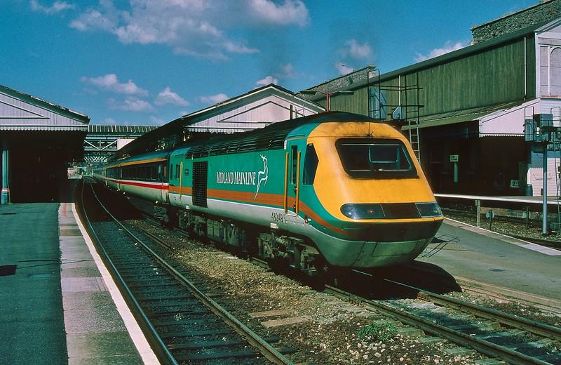 43049 09:43 York to Paignton at Exeter St Davids 5/7/1997.