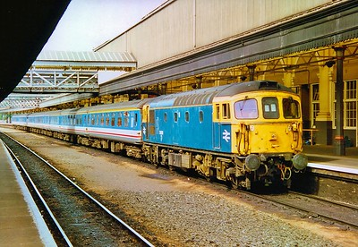 33102 at Exeter St Davids with the 16:22 to London Waterloo 29/7/1992.