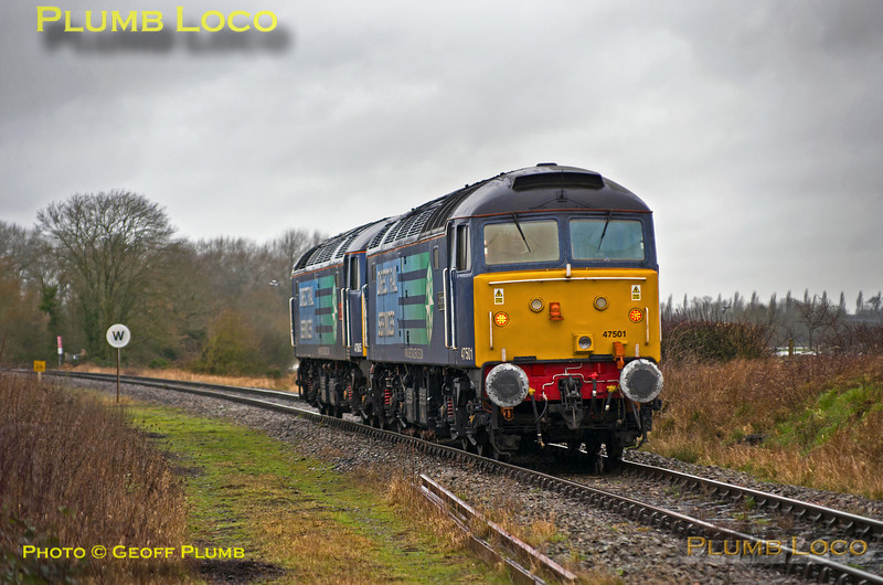 47805 & 47501, Islip Crossing, 0Z30, 14th February 2014