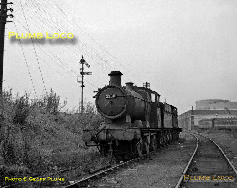 2250, Swindon Stock Shed, 23rd September 1962