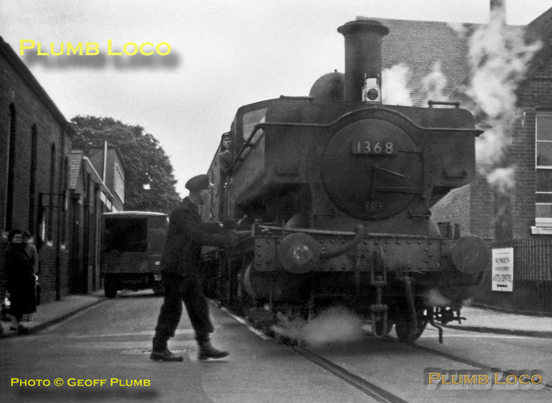 1368, Weymouth Quay, 23rd May 1960
