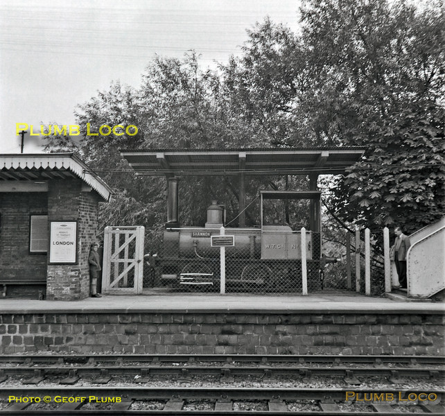 "W.T.Co. No.5 ""Shannon"", Wantage Road Station, 23rd September 1962"