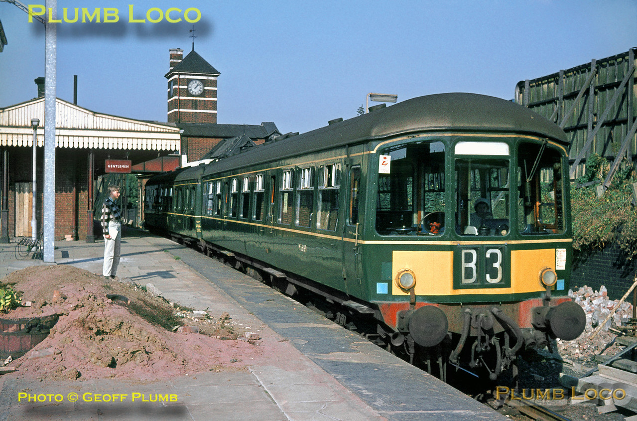 Park Royal 2-Car DMU M56169 & M50413 stands in the Belmont branch platform at Harrow & Wealdstone station with a working to Belmont on the last day of operation, Saturday 3rd October 1964. Slide No. 1089.