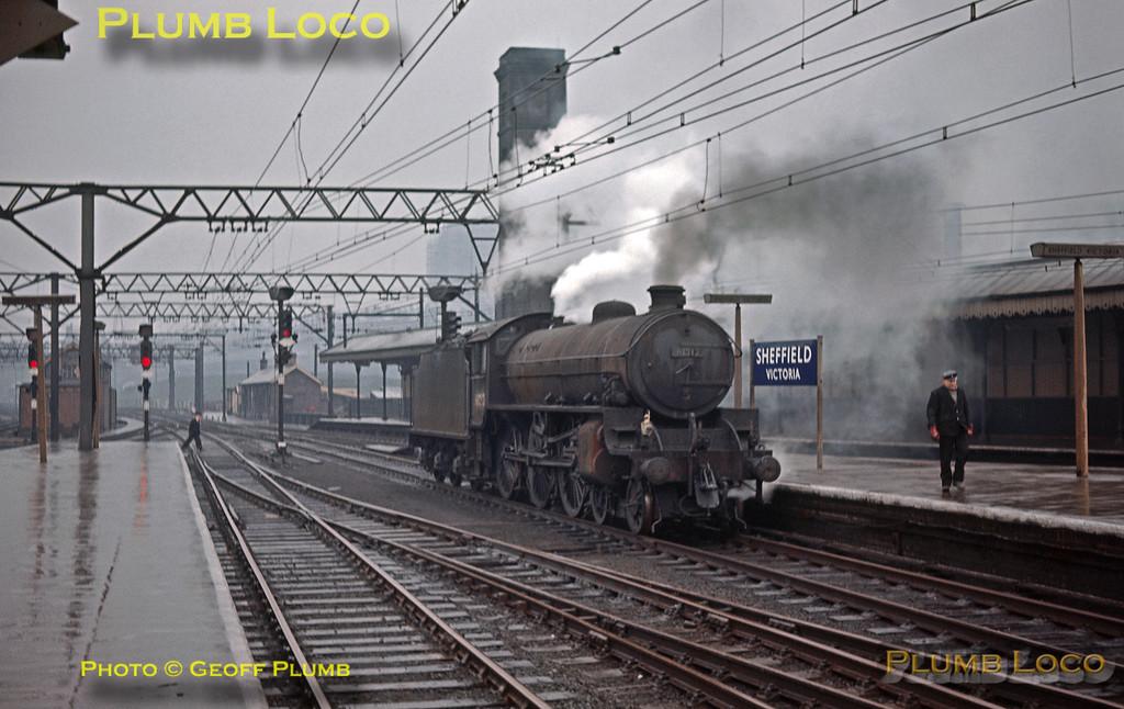 GMP_Slide520_61212_SheffieldVictoria_170264