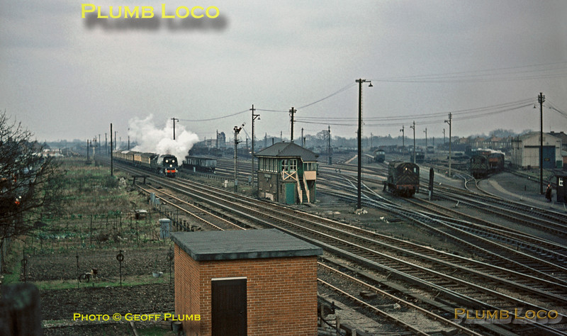 "34051 ""Winston Churchill"", Funeral Train, Feltham, 30th January 1965"