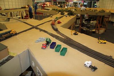 Ann Pere junction module under construction by Dan Risdon