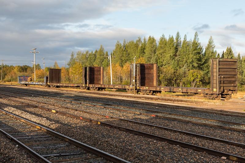 Bulkheads just south of diesel shed in Moosonee.