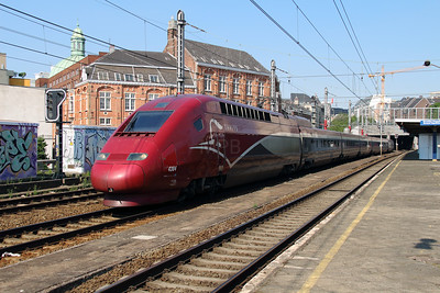 Thalys, 4304 at Brusssel Chapelle on 7th June 2013