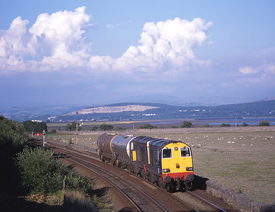 20314 + 20315 approach Grange with Arnside viaduct in the distance 27/7/01.