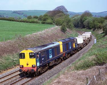 20302 + 20306 pass Pennington with a Crewe-Sellafield flask train 8/5/08.