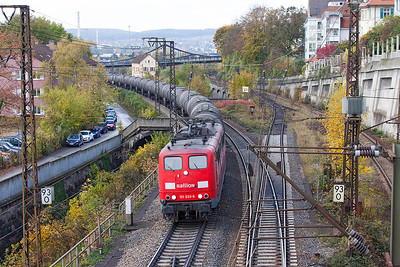 151 033 climbs away from Ulm with a northbound train of tanks. 26th October 2009.
