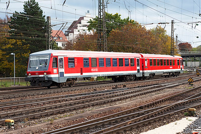 628 339 now runs into Ulm prior to forming an Ulm to Geislingen (Steige) stopping service. 26th October 2009.