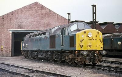 40055 Birkenhead Depot. 11th April 1976.