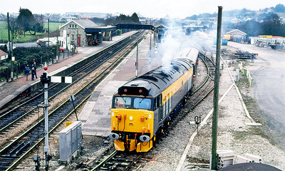 """50015 'Valiant' smokes it's way off the Newquay branch at Par with the """"Cornish Centurian"""" Railtour. 50008 'Thunderer' brings up the rear. 26th January 1991."""