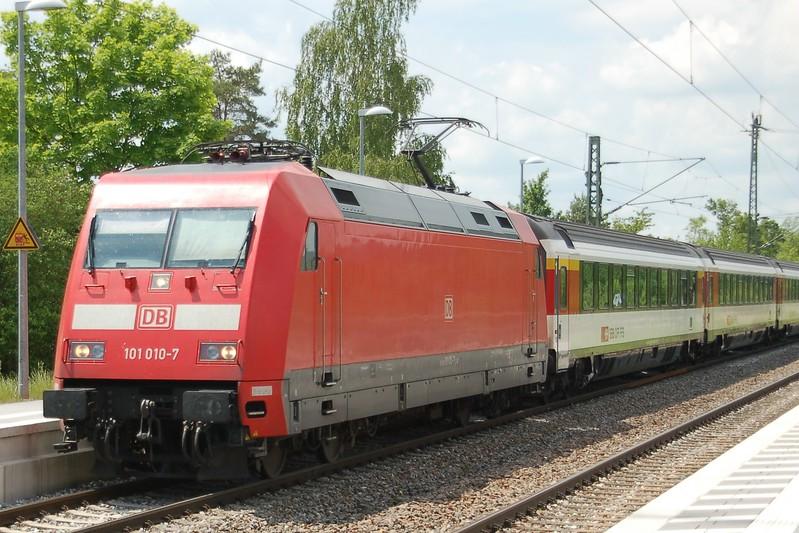 101 010-7 - Eutingen im Gäu - 31 May 2017