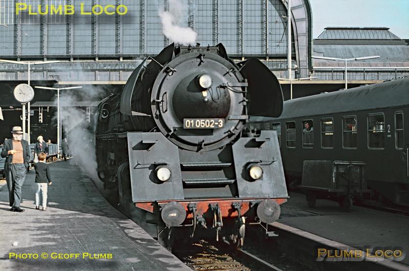 DR No. 01 0502-3, Hamburg Hbf, 11th September 1971