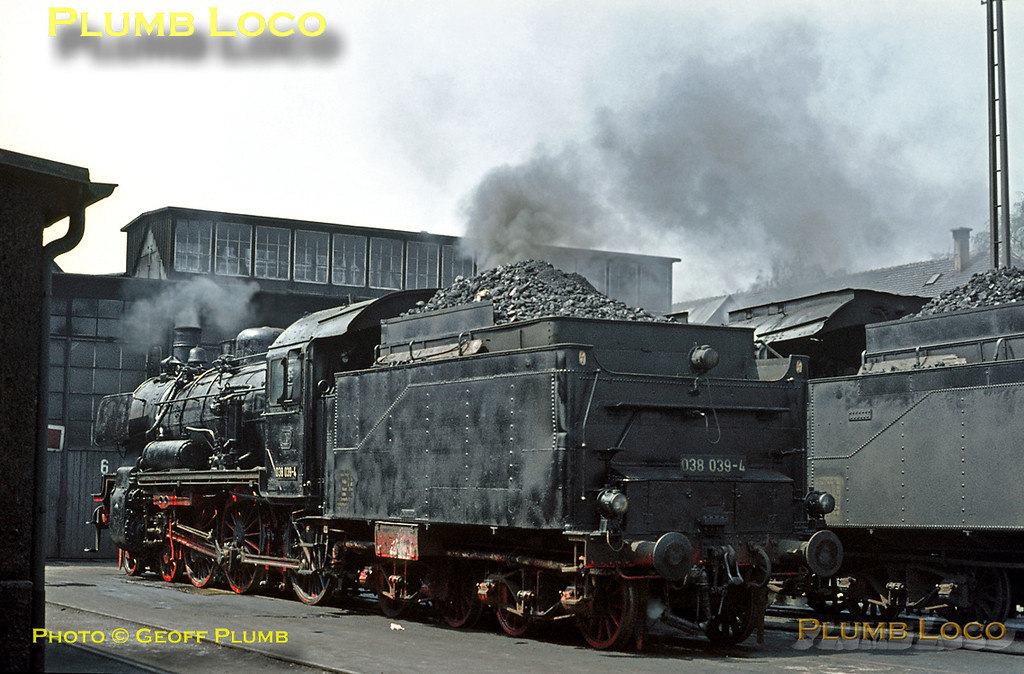 038 039-4 stands outside the shed at Tübingen depot alongside classmate 038 559-1, both being prepared for their next duties. Wednesday 6th May 1970. Slide No. 4967.