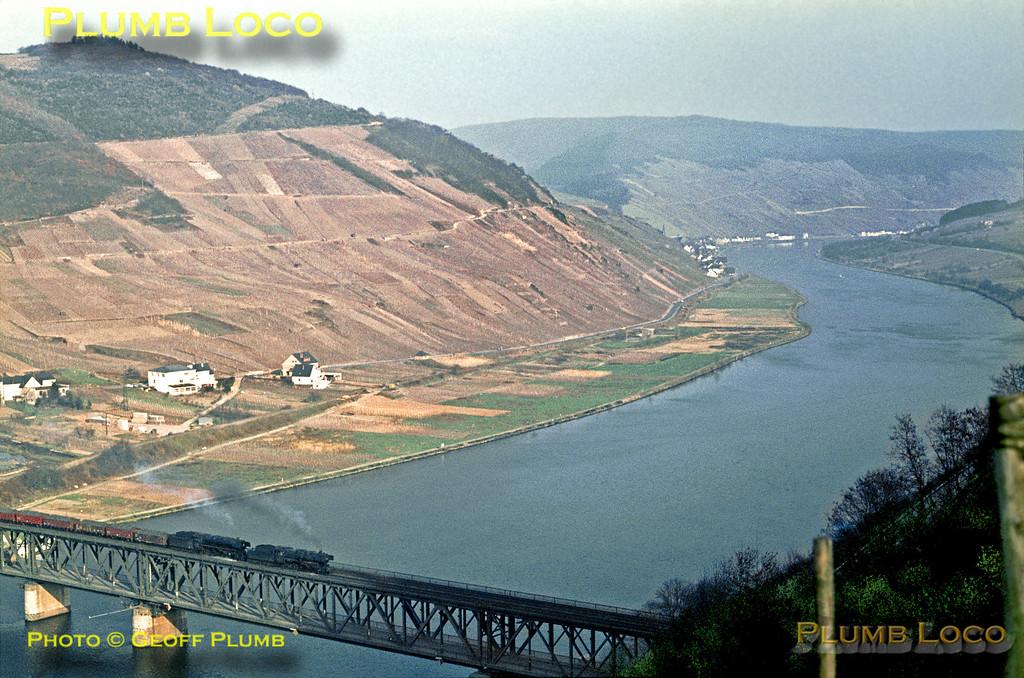 DB 044s, Bullay Viaduct, 5th April 1971