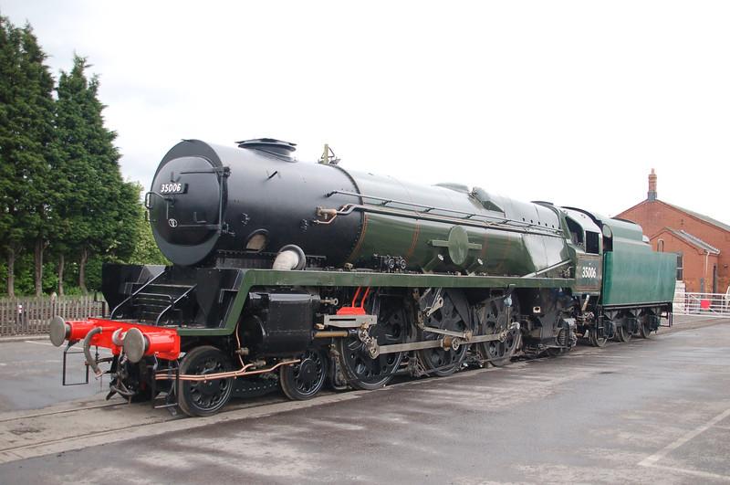 35006 Peninsular & Orient Steam Navigation Co. - Toddington, GWR - 24 May 2013