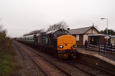 37423 arrives at Ravenglass on the GlowEx. 04/01/12.