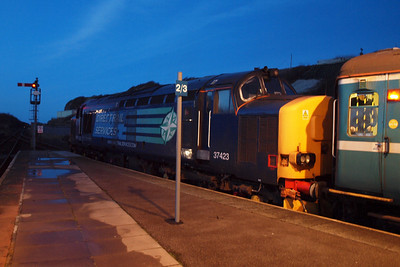 37423 pauses for the token at Whitehaven. 23/01/12.