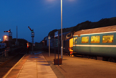 Driver Tony Kay looks back for the Right Away at Whitehaven with 37423 on 2T21. 23/01/12.