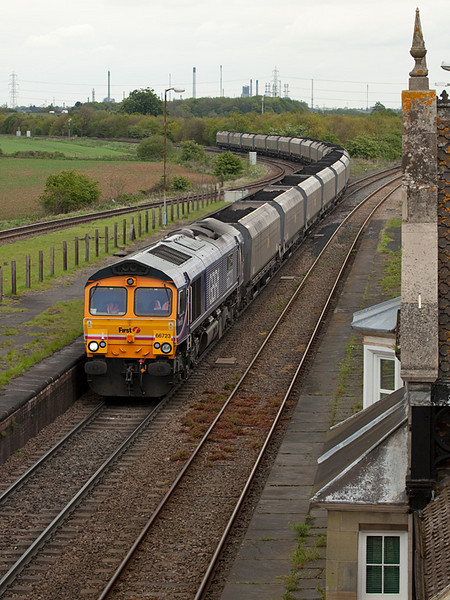 "GBRf 66723 ""Chinook"" with the 6Z15 12:05 Immingham-Ratcliffe Powerstation Fastline loaded coal hoppers in Brocklesby Junction."