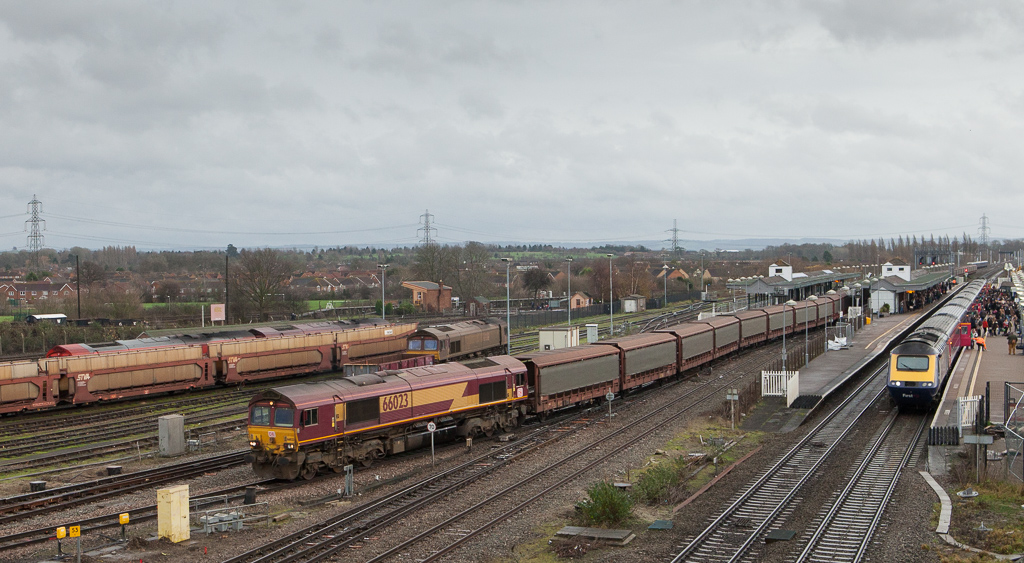 66023 with empty Jaguar train passing through Didcot.
