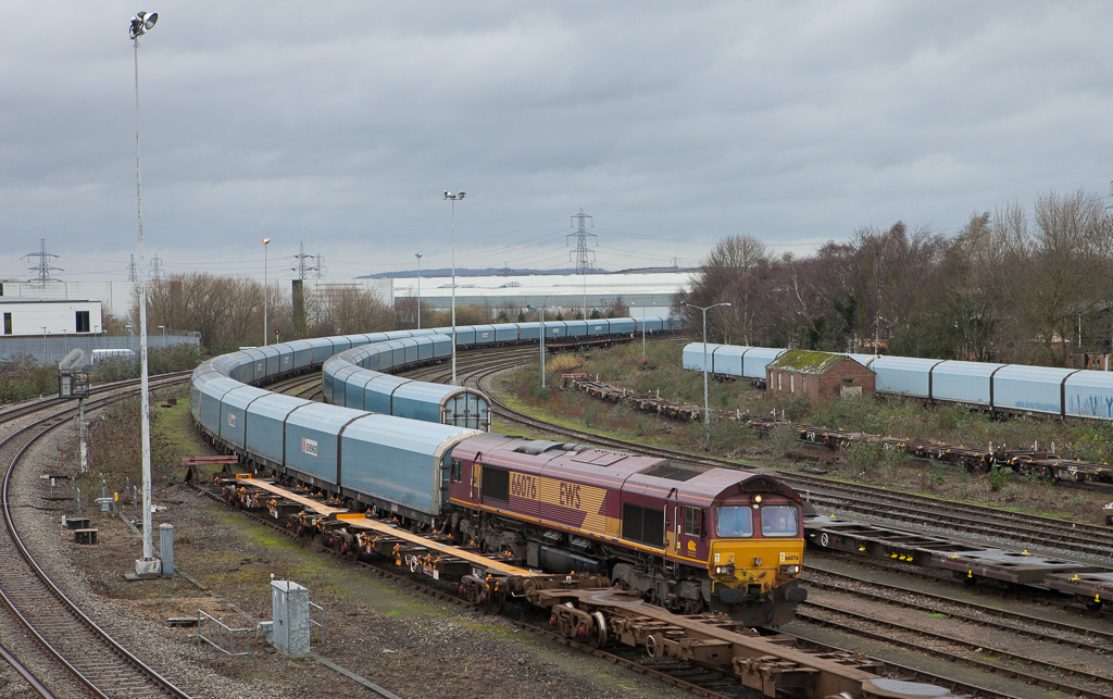 66076 with auto train in Didcot.
