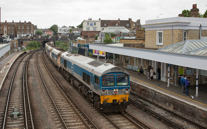 """Mendip Rail 59002 """"Alan J. Day"""" with the 6Y17 (09:50 Allington - Hither Green empty bogie hoppers) in Gravesend Central."""