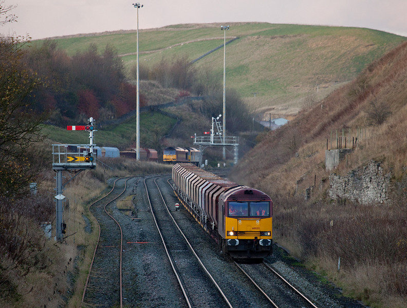 EWS 60035 with rock train to Tunstead Works between Peak Forest South and Great Rocks Jct.