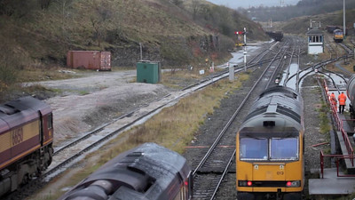 66s changing drivers at Peak Dale. Somewhat lengthy but does show the semaphores in operation towards the end.
