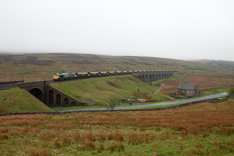 Freightliner coal train on Moorcock Viaduct.