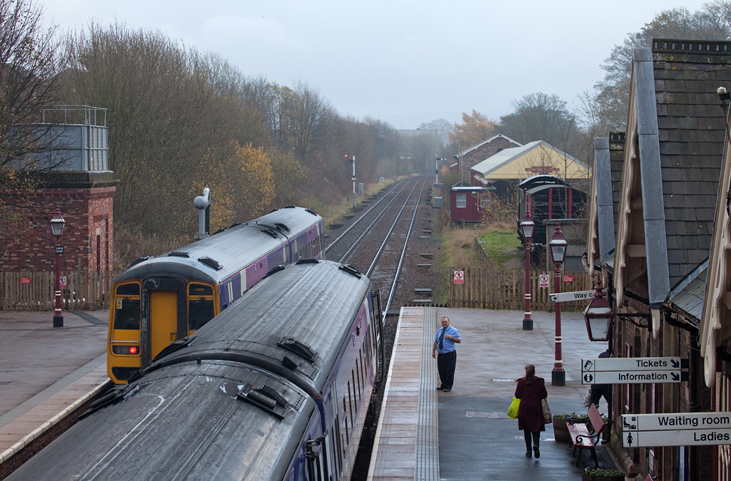 DMUs meet in Appleby station.