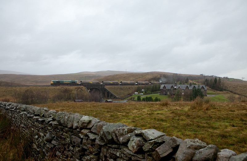 Freightliner coal train headed towards Settle approaching Moorcock (Dandry Mire) Viaduct.