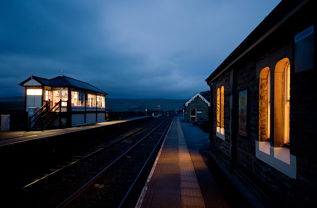 Garsdale station and signal box, looking north.