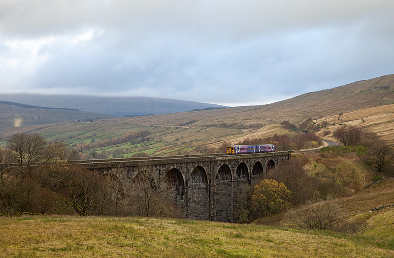 DMU on Dent Head Viaduct.