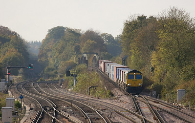 Freightliner 66574 with the 4M58 11:00 Southampton - Ditton in Worting Junction.