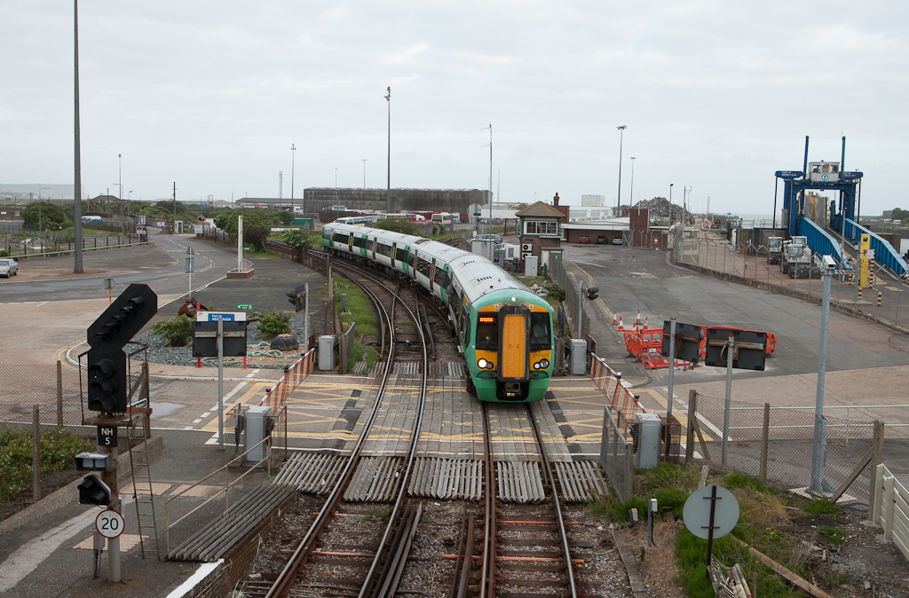 Southern 377 405 in Newhaven Harbour, Sussex.