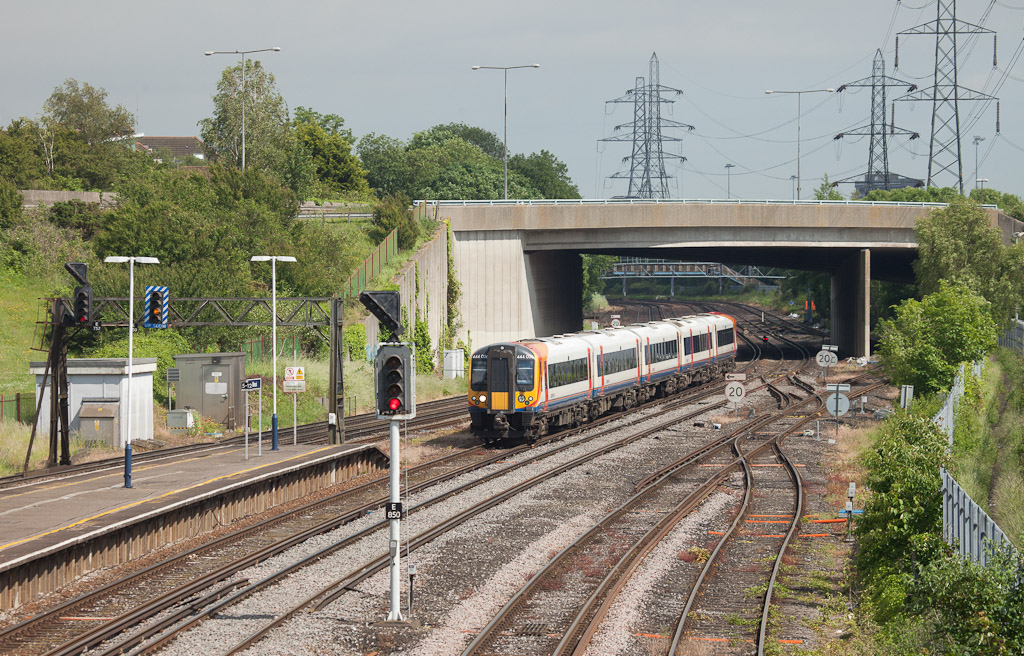 Southwest Trains 444 006 in Millbrook (Southampton).
