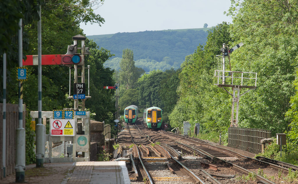 Southern 377 401 meets 377 162 in Pulborough, Sussex.