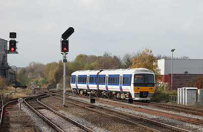 Chiltern Trains 165 016 in Leamington Spa.