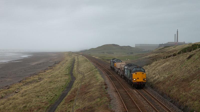 37605 + 37607 on flask train in Seascale.