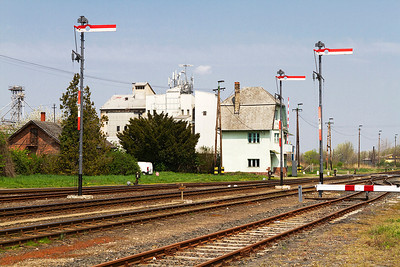 Semaphore signals stand guard at Pápa. Monday 22nd April 2013.