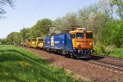 Train Hungary's 600 001 tows on track plant eastbound at Szöny. Friday 26th April 2013.