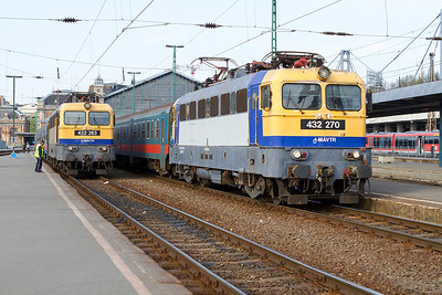 432 263 & 432 270 stand with departures at Budapest-Nyugati. Monday 22nd April 2013.