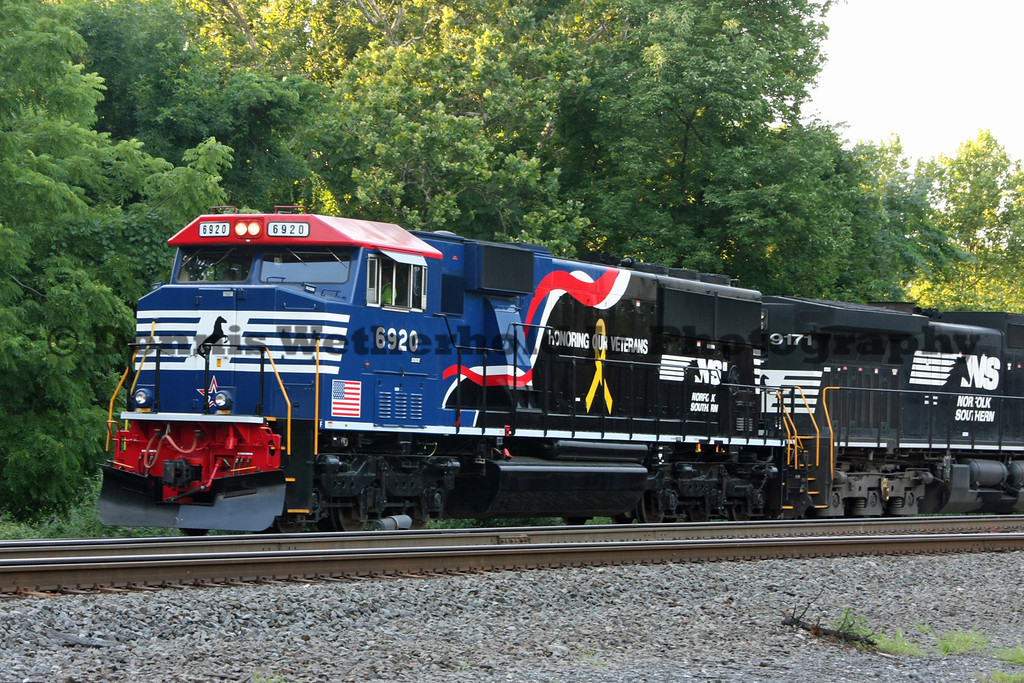 Norfolk Southern 6920 Heritage Unit - Honoring Our Veterans