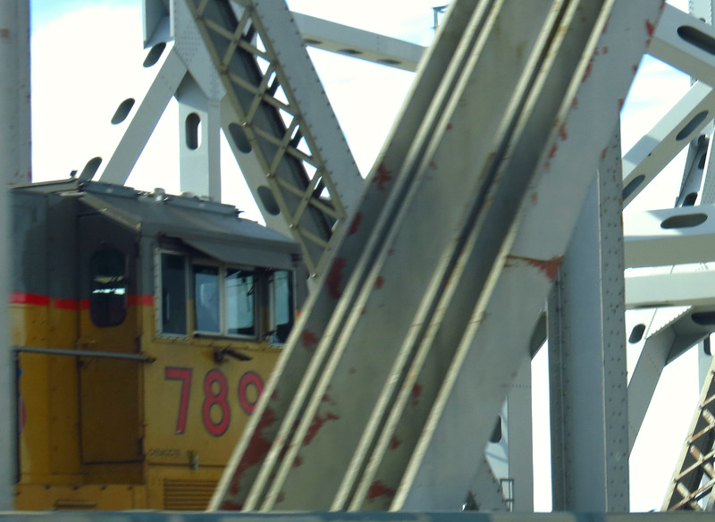 Another lucky glimpse -- of the lead unit while passing it on the bridge's main span.