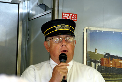 Volunteer from Heart of the Heartlands Railroad club