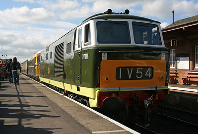D7017 heads D6566 at Bishops Lydeard. 12/6/10